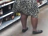 Jiggly booty granny bend over for me